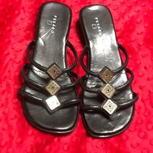 Shoes - Cute 7.5 sandals with silver detail